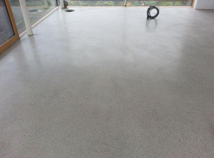 estrich poliert good beton und estrich schleifen und polieren with estrich poliert estrich. Black Bedroom Furniture Sets. Home Design Ideas
